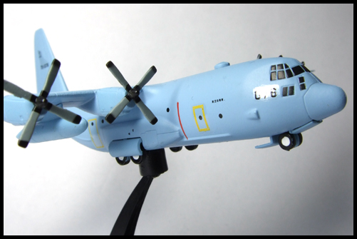 Wing_of_great_machine_C-130_1
