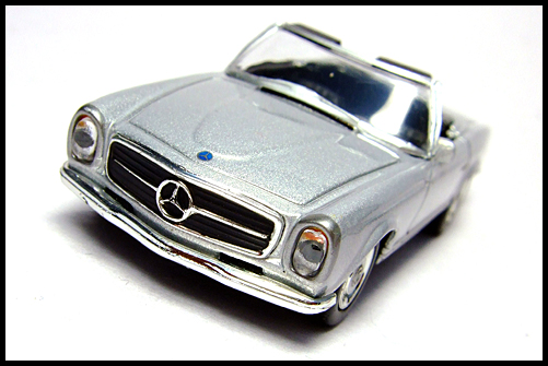KYOSHO_Mercedes-Bentz_Typ_280_SL_Silver_4