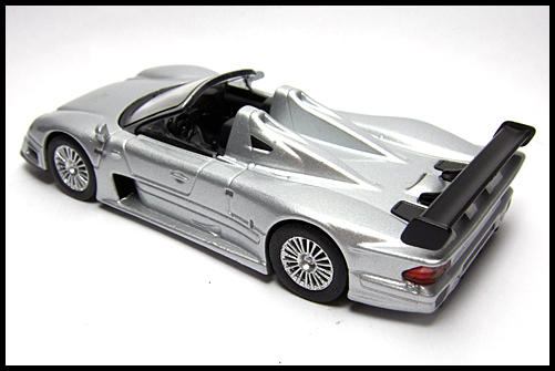 KYOSHO_AMG_Minicar_Collection_CLK_GTR_Roadster_Silver_10