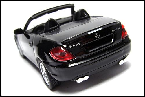 KYOSHO_AMG_Minicar_Collection_Mercedes_Benz_SLK_55_AMG_Black_11