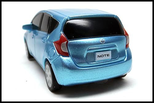 NISSAN_NOTE_PULLBACK_11