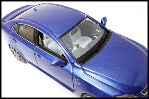 KYOSHO_J-Collection_Lexus_IS_F5