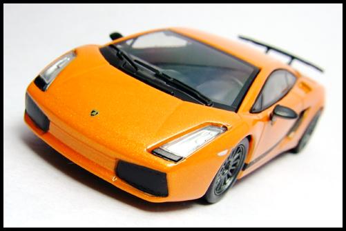 KYOSHO_Lamborghini_3_Gallardo_Superleggera_Orange_4