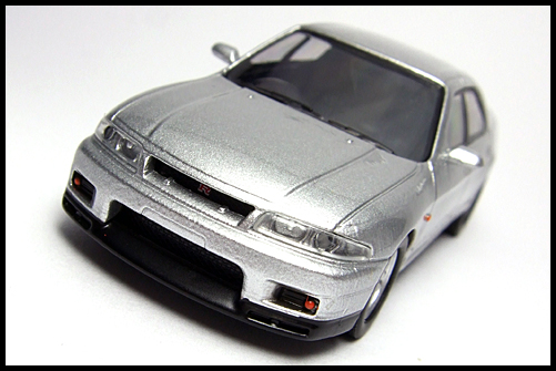 KYOSHO_NISSAN_SKYLINE_GT-R_AUTECH_VERSION_40th_ANNIVERSARY_4