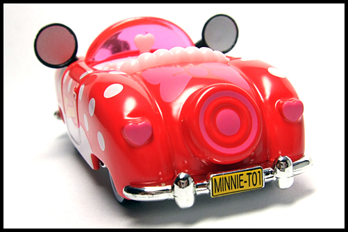 TOMICA_Disney_Minnies_Convertible_2011_12