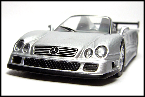 KYOSHO_AMG_Minicar_Collection_CLK_GTR_Roadster_Silver_3