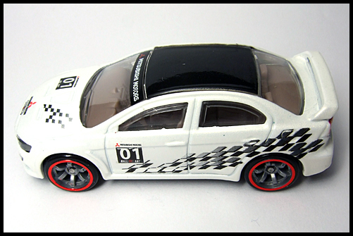 HotWheels_SPPED_MACHINES_MITSUBISHI_LANCER_EVOLUTION_15