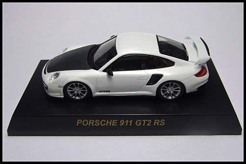 KYOSHO_PORSCHE_911_GT2_RS_WHITE_PEARL_1