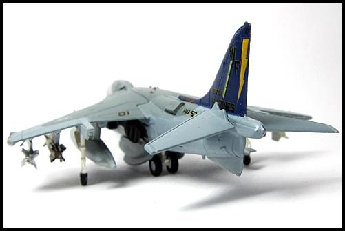 Jwings4_NAVY_and_MARINE_FREAK_AV8B_Harrier_FLYING_NIGHT_MARES_1