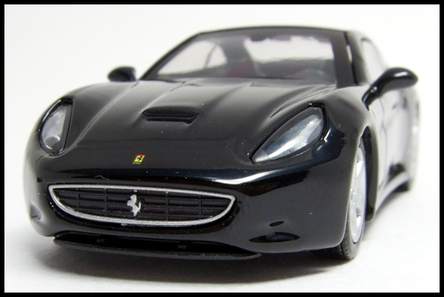 KYOSHO_FERRARI_7_NEO_California_Black_1