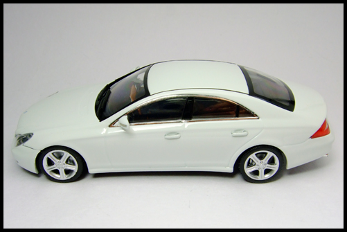 MINICHAMPS_Mercedes_Benz_CLS_Klass_Limited_Edition_2008_17