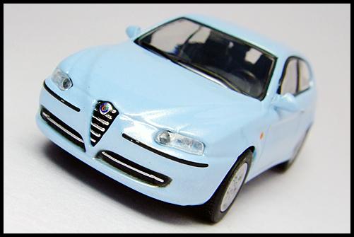 KYOSHO_Alfa_Romeo_147_blue_3
