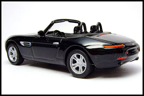 KYOSHO_BMW_COLLECTION_Z8_BLACK_11