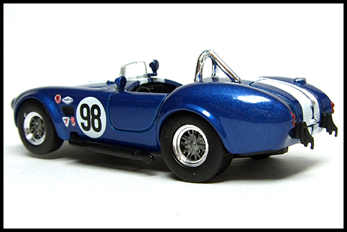 KYOSHO_USA_Sports_Car_Collection_2_Shelby_Cobra_427_blue_10