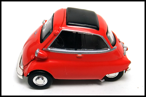 KYOSHO_BMW_MINI_Isetta_RED_13