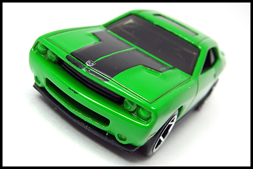 HotWheels_2008_First_Edition_Dodge_Challenger_SRT8_3