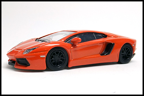 KYOSHO_Lamborghini4_Aventador_LP700-4_2