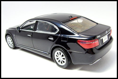KYOSHO_J-Collection_Lexus_LS600hL2