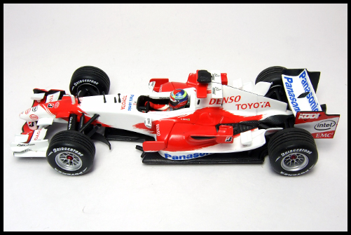 PANASONIC_TOYOTA_RACING_TF106_R_ZONTA_TEST_DRIVER_20061