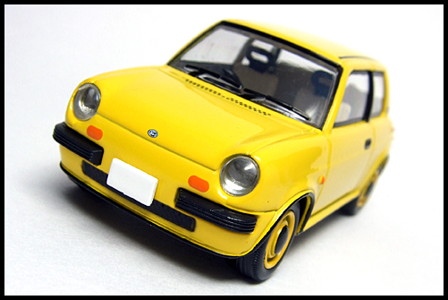 TOMICA_LIMITED_VINTAGE_NEO_NISSAN_Be-1_4