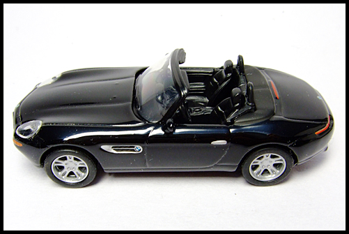 KYOSHO_BMW_COLLECTION_Z8_BLACK_14