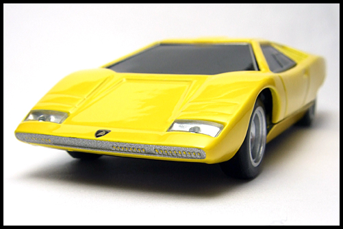 BOSS_Lamborghini_Minicar_Selection_Countach_LP500_5