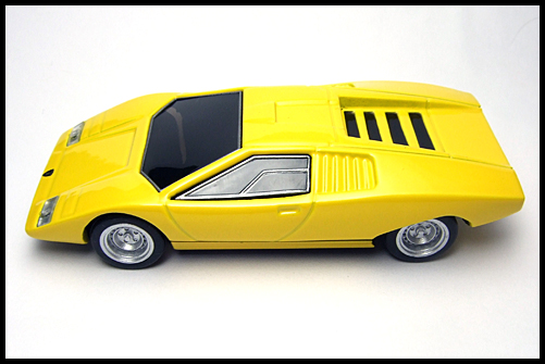 BOSS_Lamborghini_Minicar_Selection_Countach_LP500_16