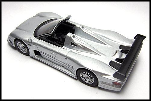 KYOSHO_AMG_Minicar_Collection_CLK_GTR_Roadster_Silver_9