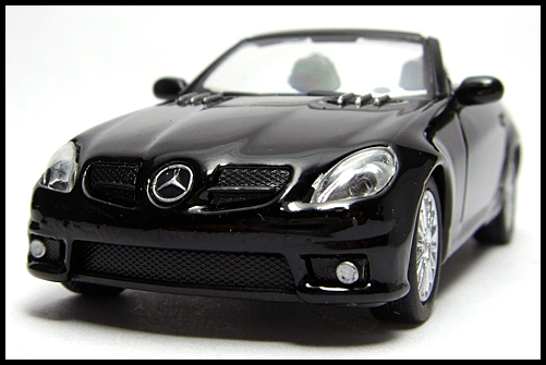 KYOSHO_AMG_Minicar_Collection_Mercedes_Benz_SLK_55_AMG_Black_3