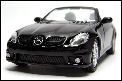 KYOSHO_AMG_Minicar_Collection_Mercedes_Benz_SLK_55_AMG_Black_3