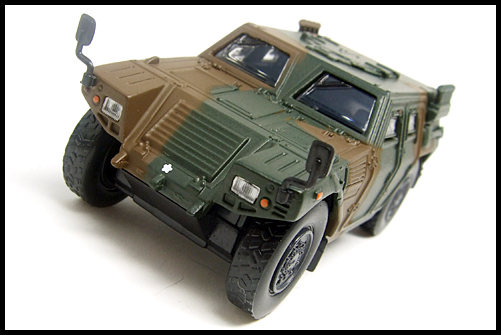 KYOSHO_MILITARY_Light_Armoured_Vehicle_3