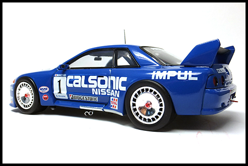 EBBRO_CALSONIC_SKYLINIE_R32_JGTC_1994_12