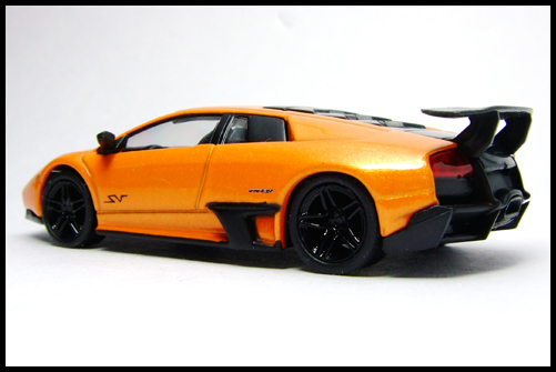 KYOSHO_Lamborghini_3_Murcielago_SV_Orange9