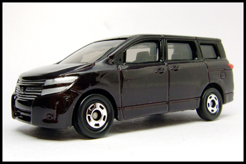 TOMICA_NISSAN_ELGRAND_3