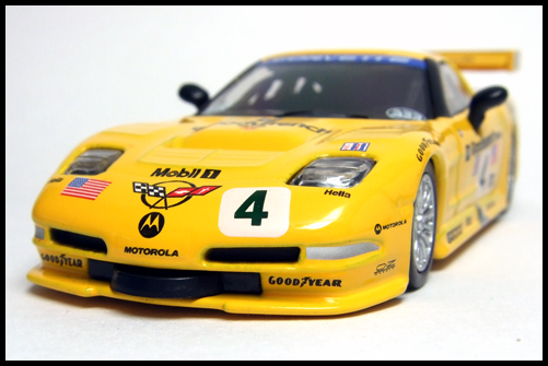 KYOSHO_USA_Sports_Minicarcollection_2_Chevrolet_Corvette_C5-R_3