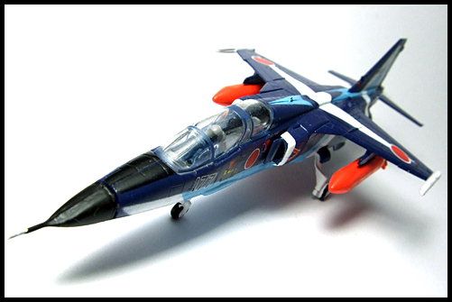 F-Toys_JASDF_Collection_Special_T-2_BlueImpulse_7