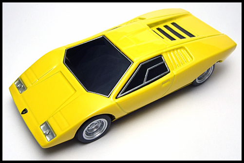 BOSS_Lamborghini_Minicar_Selection_Countach_LP500_2