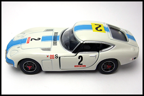 TOMICA_LIMITED_TOYOTA_2000GT_2MODELS_FIRST_14