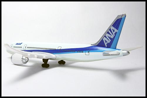 BOSS_STER_ALLIANCE_ANA_Boeing_787_23