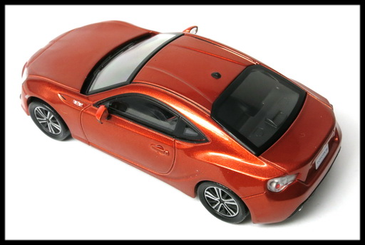 interallied_TOYOTA_86_GT_ORANGE_13