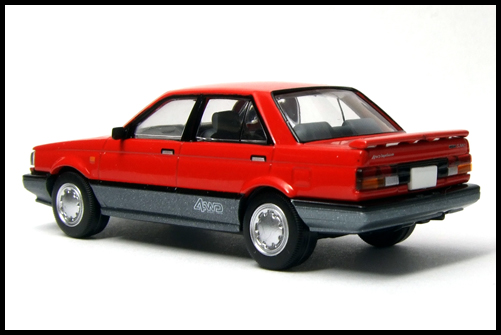 NISSAN_SUNNY_TOMICA_LIMITED_VINTAGE_NEO10