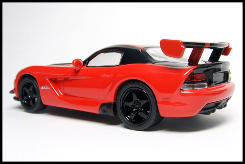 KYOSHO_USA_Sports_Minicarcollection_2_Dodge_Viper_STR10_ACR_RED_12