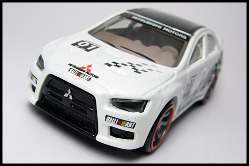 HotWheels_SPPED_MACHINES_MITSUBISHI_LANCER_EVOLUTION_4