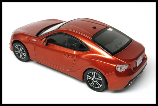 interallied_TOYOTA_86_GT_ORANGE_8