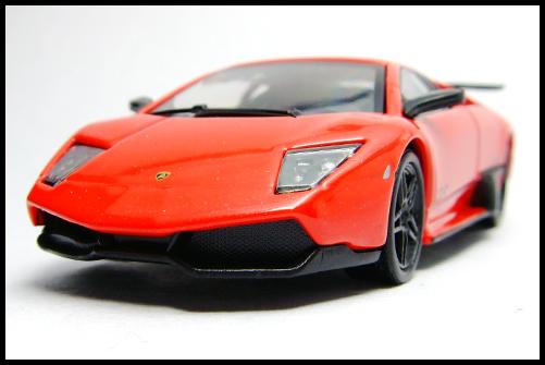 KYOSHO_Lamborghini_3_Murcielago_SV_Red2