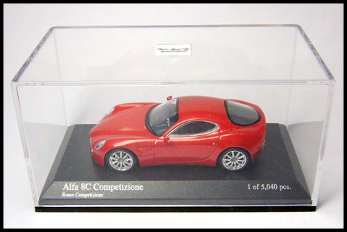 MINICHAMPS_64_Alfa_Romeo_8C_Competizione__1