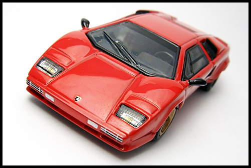 POST_HOBBY_KYOSHO_Lamborghini_Countach_LP400S_RED_5