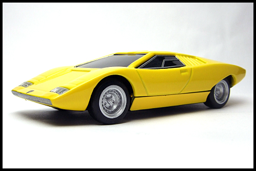 BOSS_Lamborghini_Minicar_Selection_Countach_LP500_4
