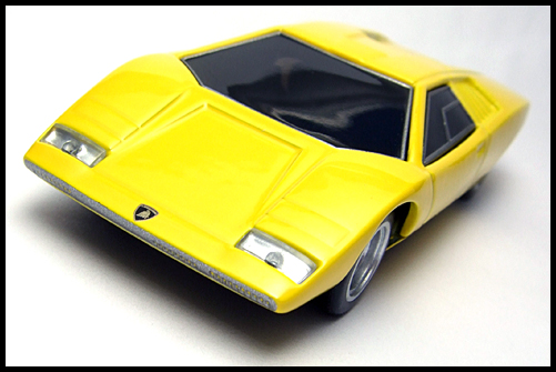 BOSS_Lamborghini_Minicar_Selection_Countach_LP500_6