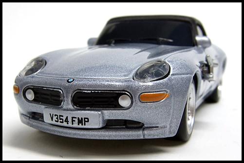 BOSS_007_BMW_Z8_3